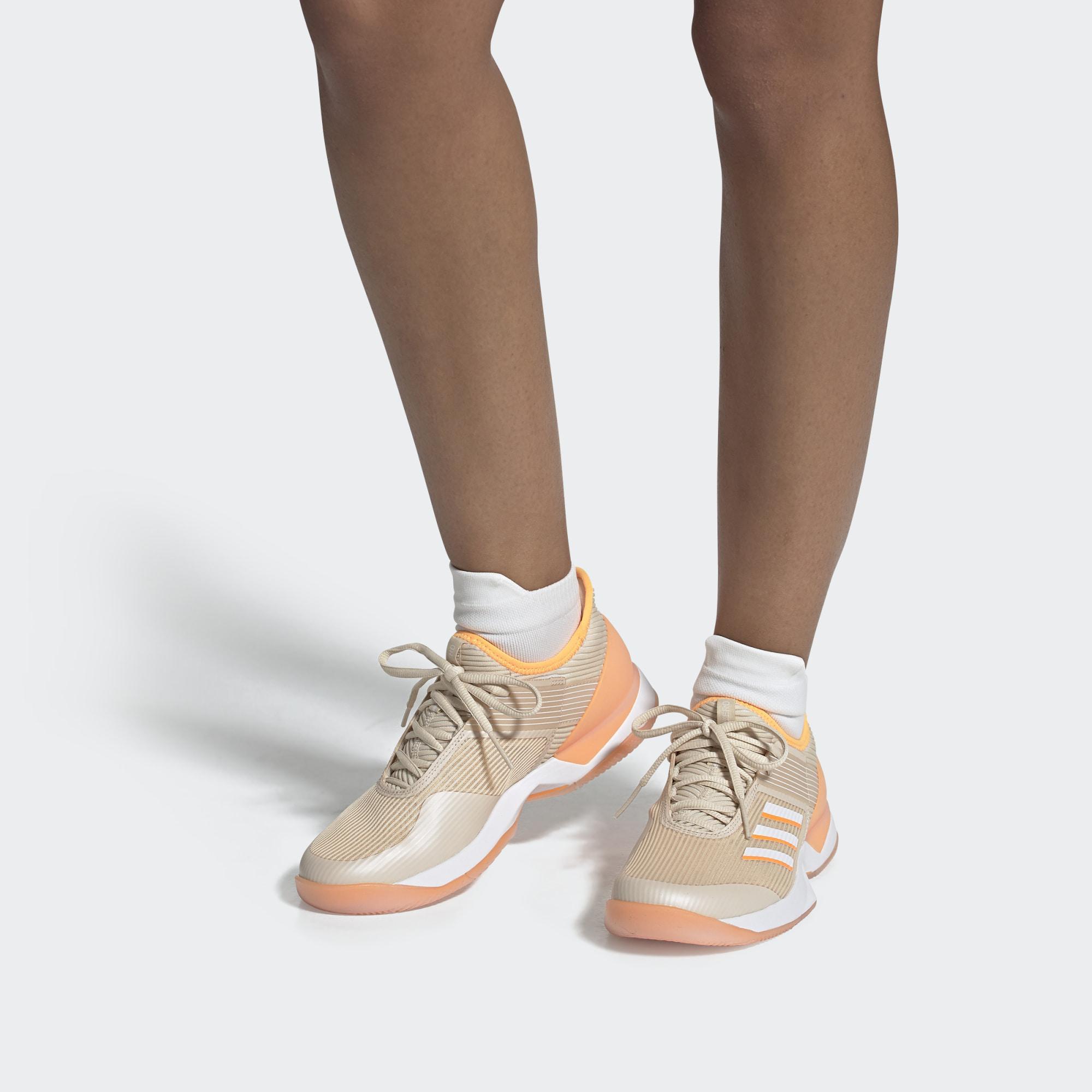 Zapatilla Adizero Ubersonic 3 adidas de color Blanco