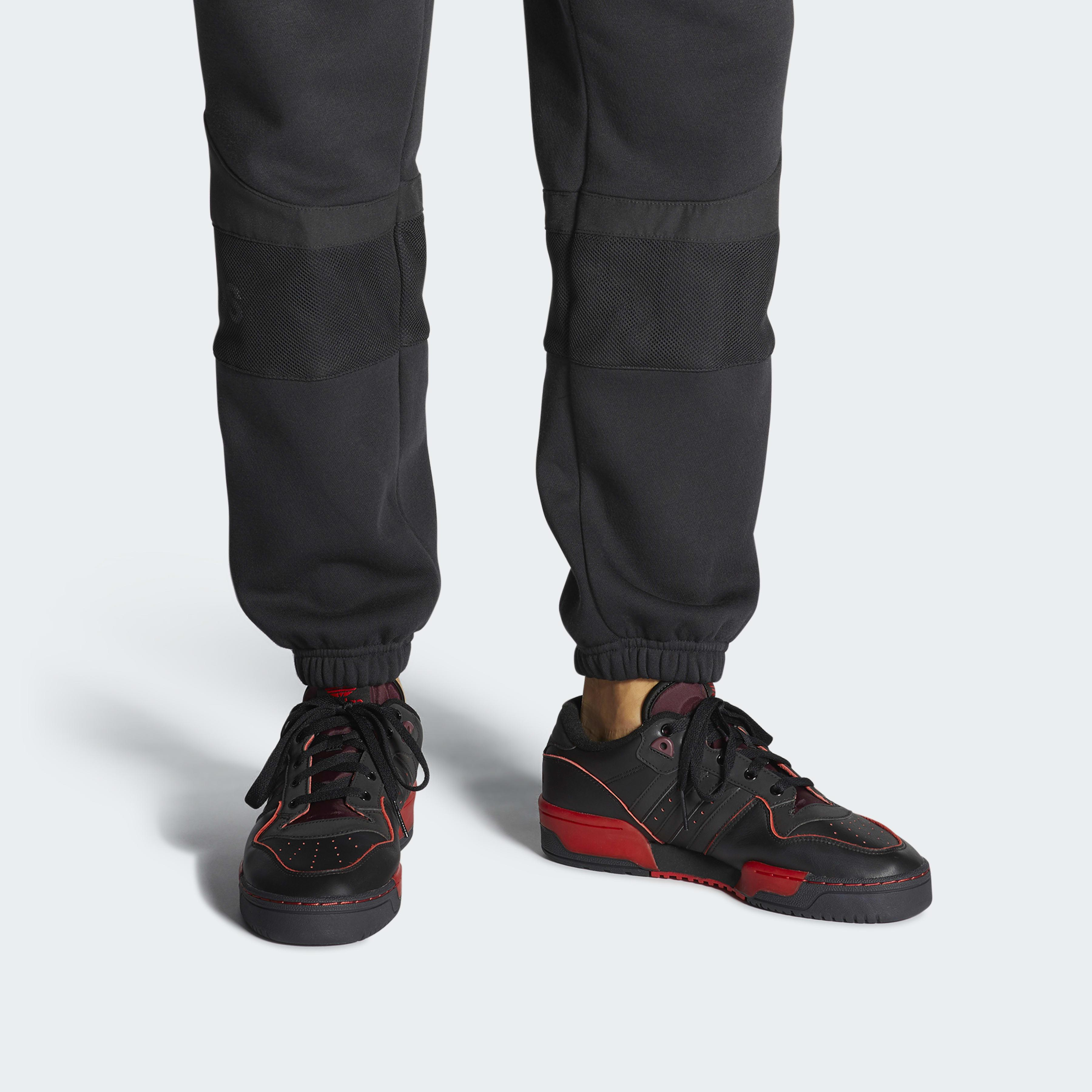 Chaussure Rivalry Low Star Wars adidas en coloris Noir