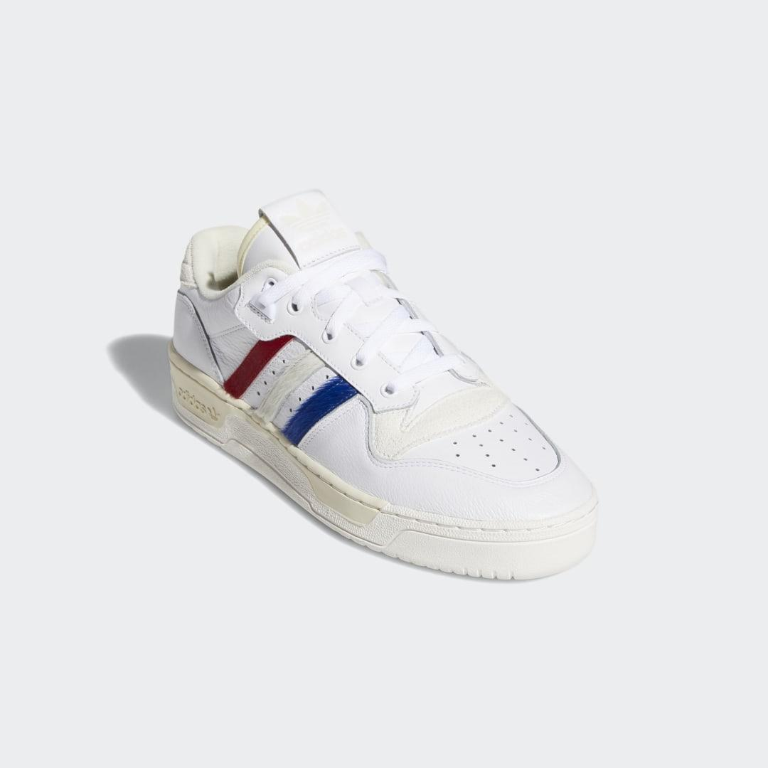 Zapatilla Rivalry Low adidas de Cuero de color Blanco