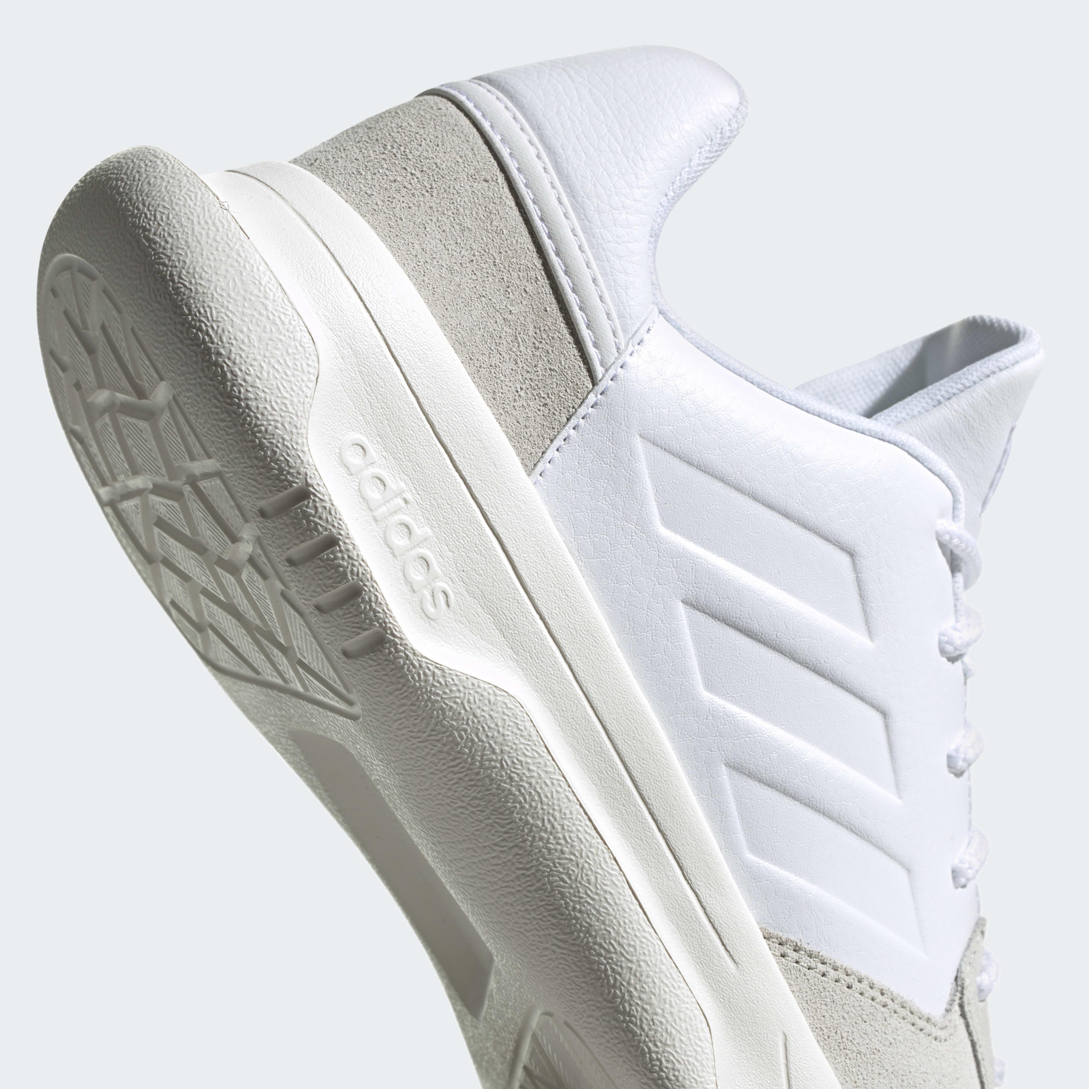Chaussure Fusion Flow adidas pour homme en coloris Blanc