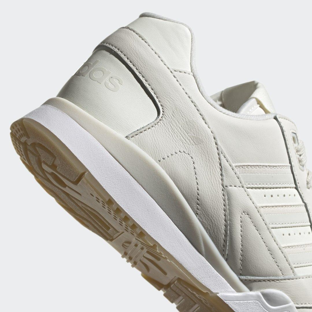 Zapatilla A.R. Trainer adidas de Cuero de color Blanco