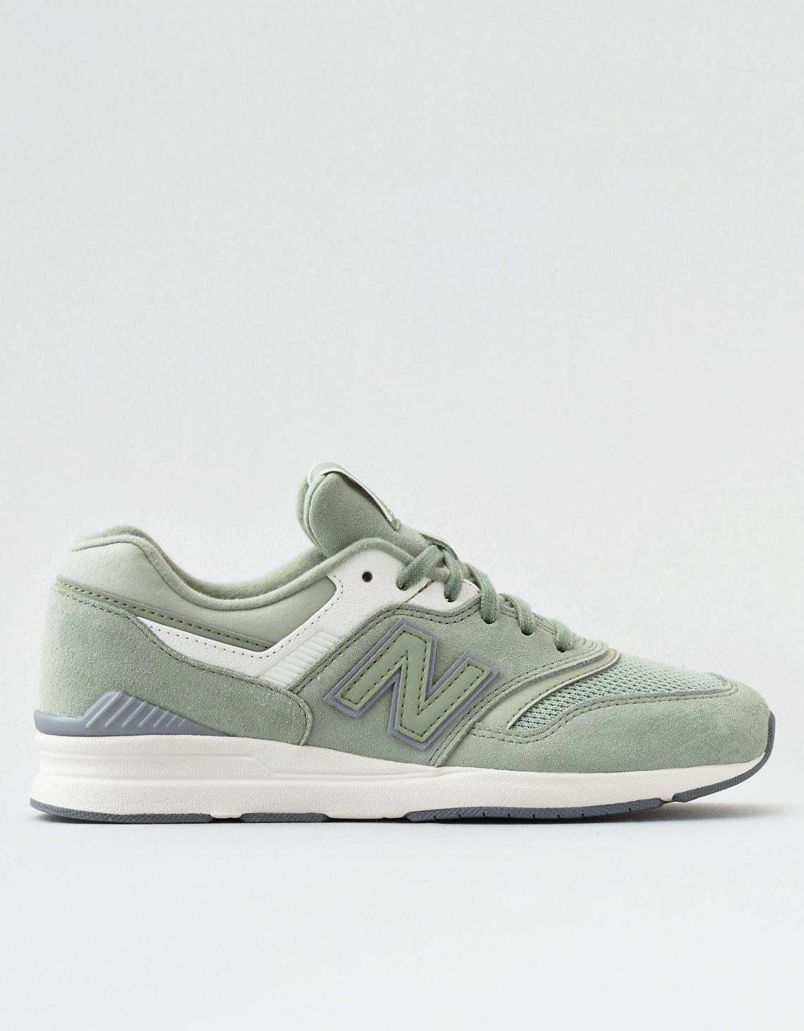 New Balance 697 Sneaker