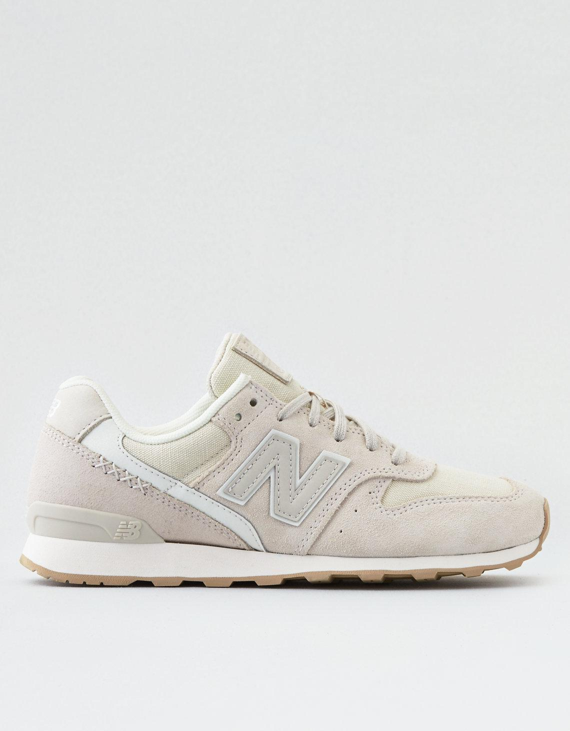 American Eagle Suede New Balance 696 in