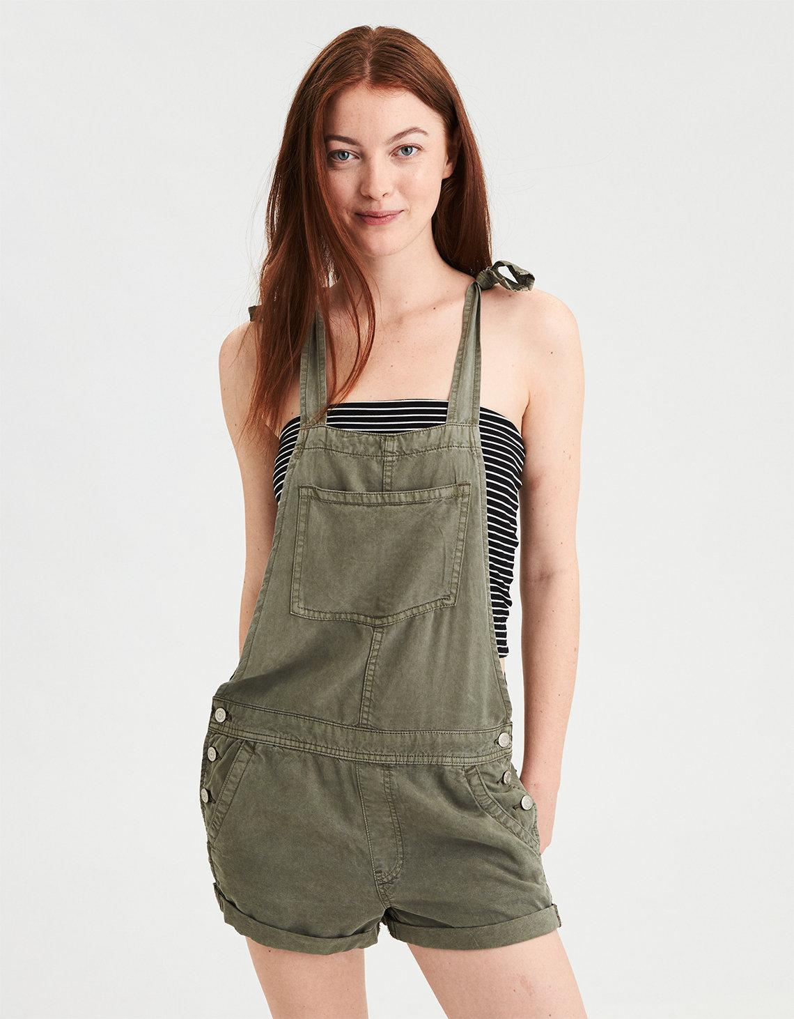d6e10a1a4f29 Lyst - American Eagle Ae Tomgirl Overall Short in Green