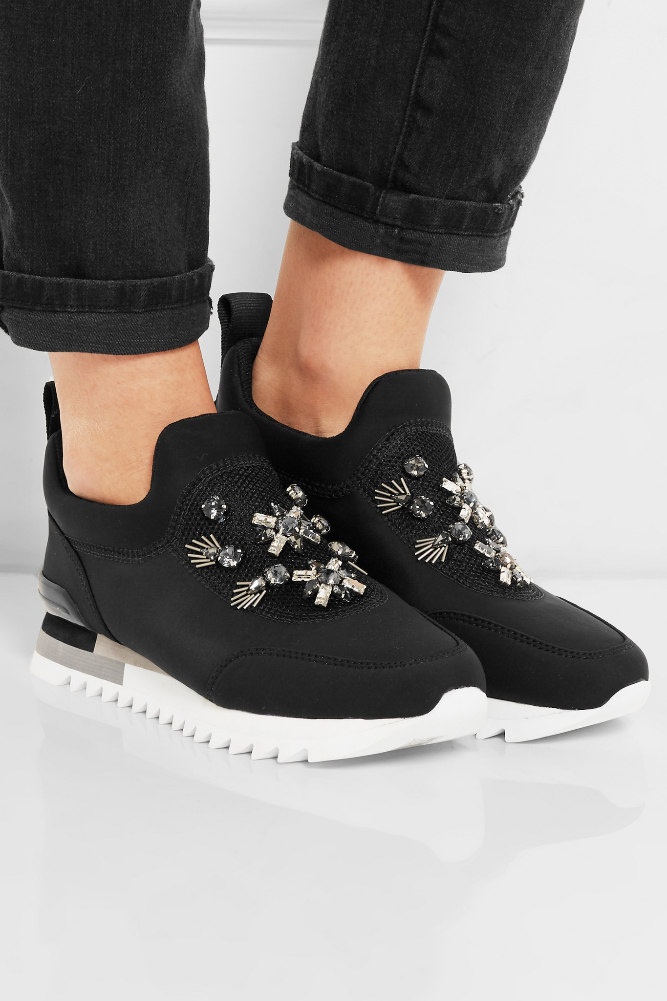 UGG Coupons, Deals, and Promo Codes - Rather-Be UGG Coupons, Deals, and Promo Codes UGG Australia has been selling luxurious sheepskin boots, slippers, and shoes since with an emphasis on fashion and comfort.