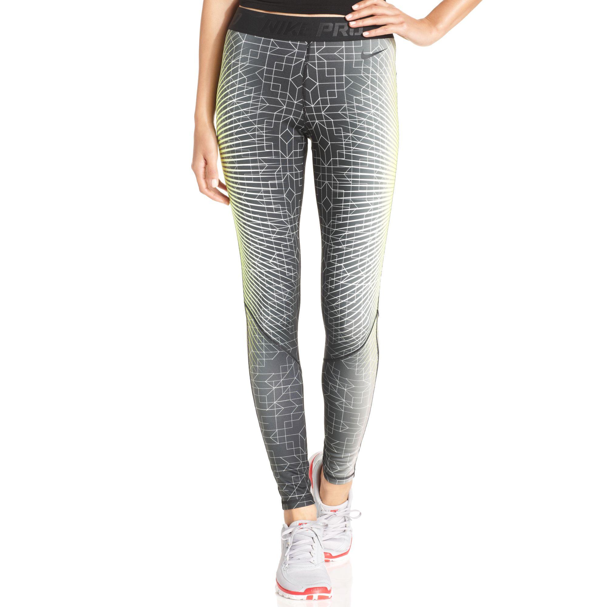 Nike Pro-Hyperwarm Printed Dri-FIT Leggings