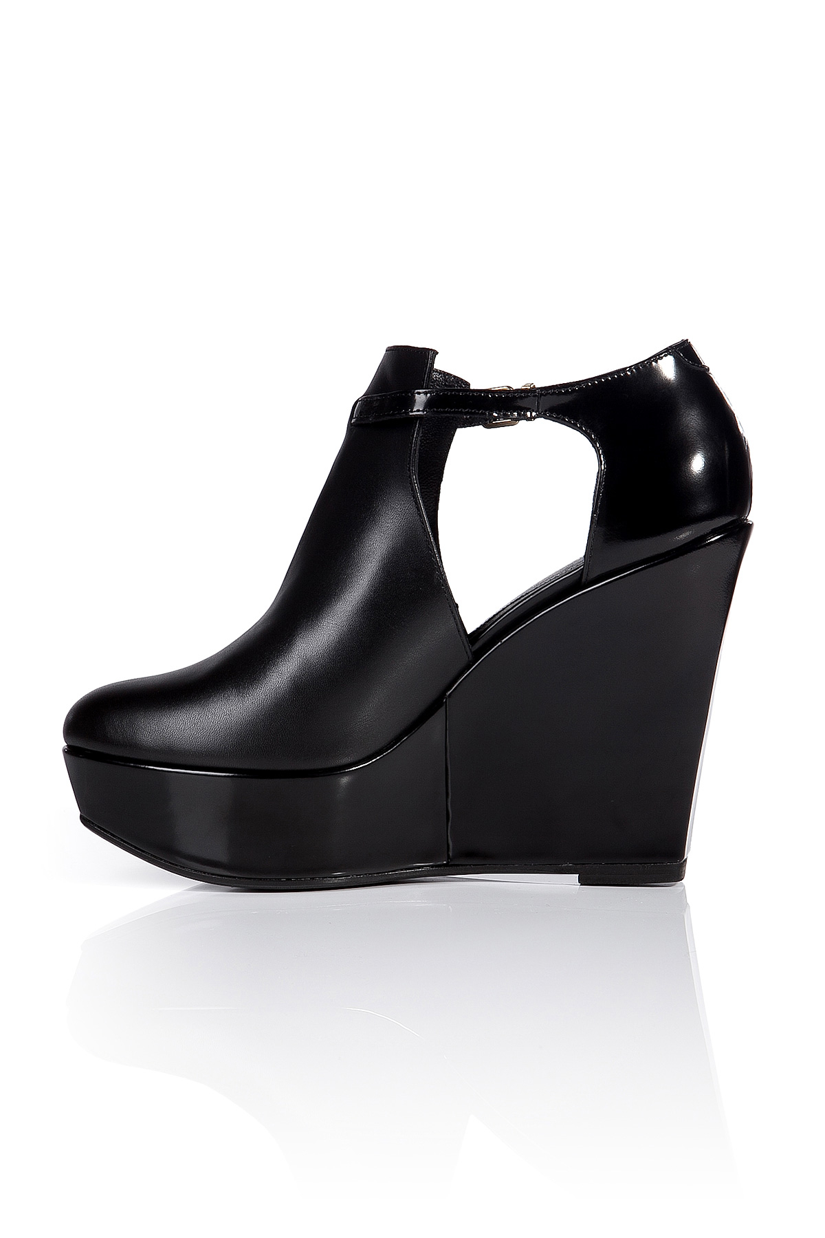 13fd136bf8c Robert Clergerie Leather Filona Platform Ankle Boots in Black - Lyst