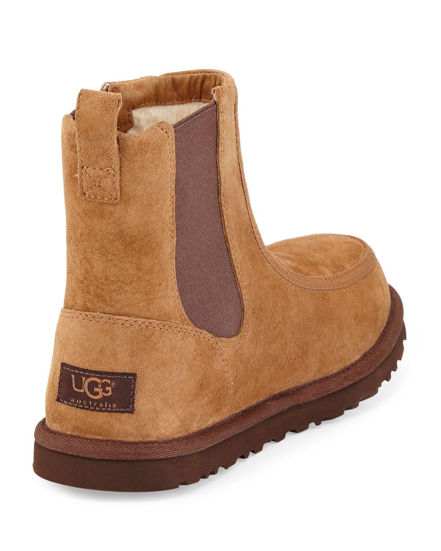 Ugg Chelsea Boot
