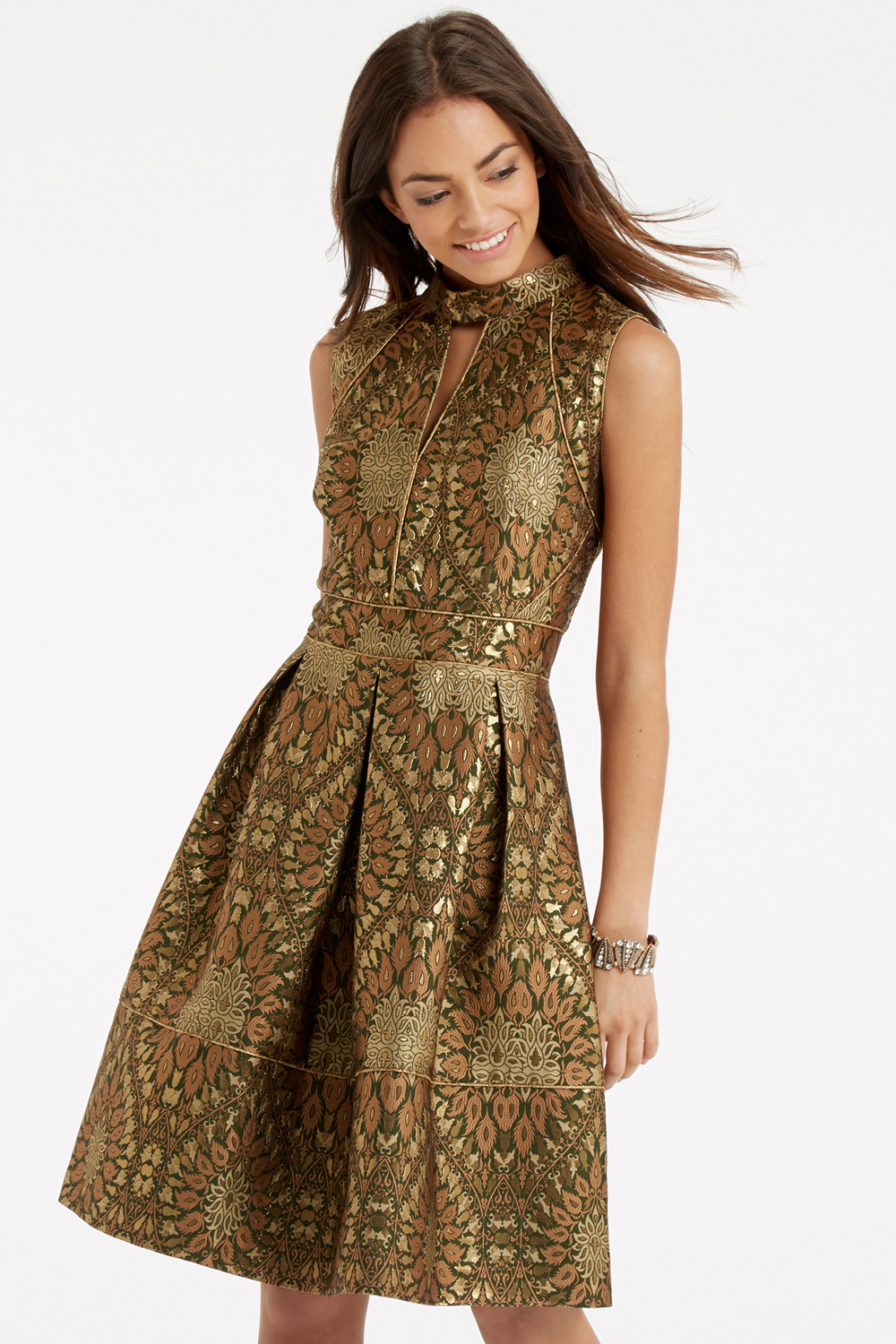 Beautiful Golden Color Evening Wear Gowns For Women  Outfit For Girls Womens