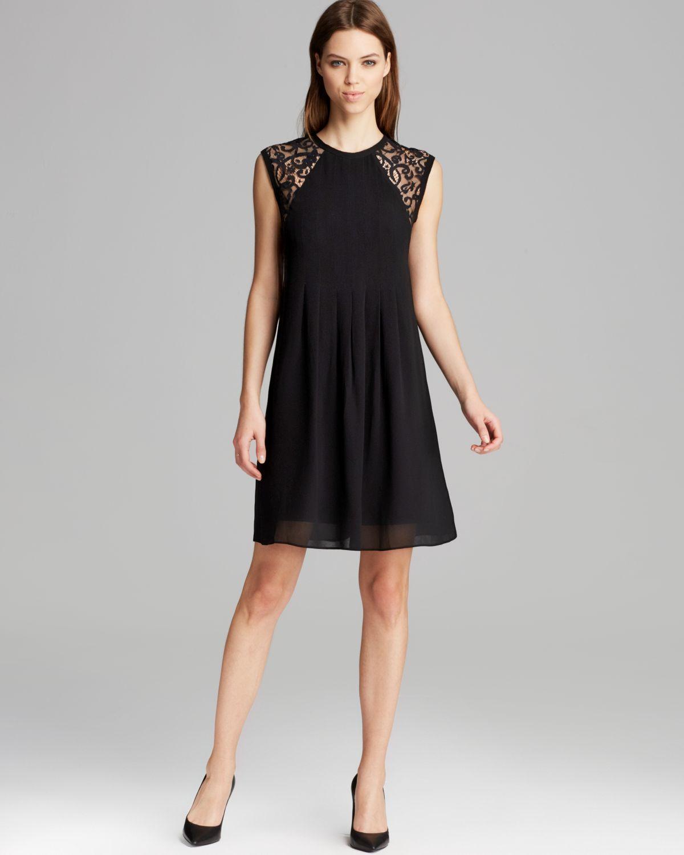 Nicole Miller Artelier Dress Sleeveless Scrolling Lace