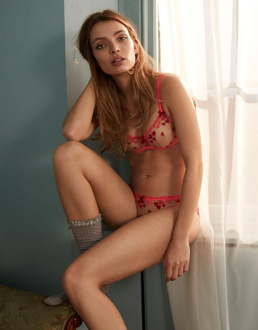 Angelica Larsson Nude cupid bra nude and red