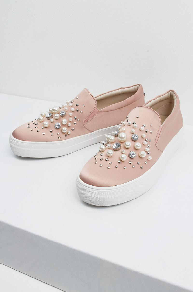22ce99972e9 Steve Madden Satin Jeweled Sneakers in Pink - Lyst