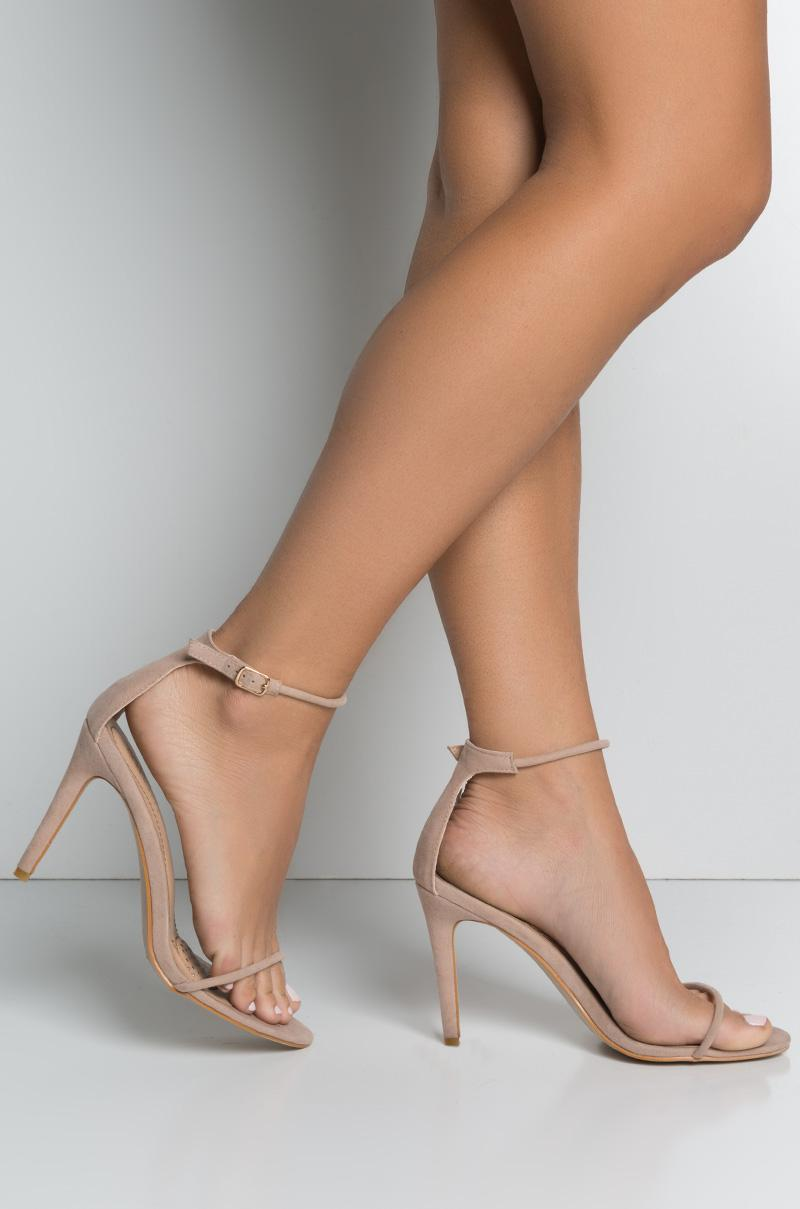 ae5c090a4a9 Lyst - AKIRA Model Behavior Simple Strappy Heeled Sandals in Natural