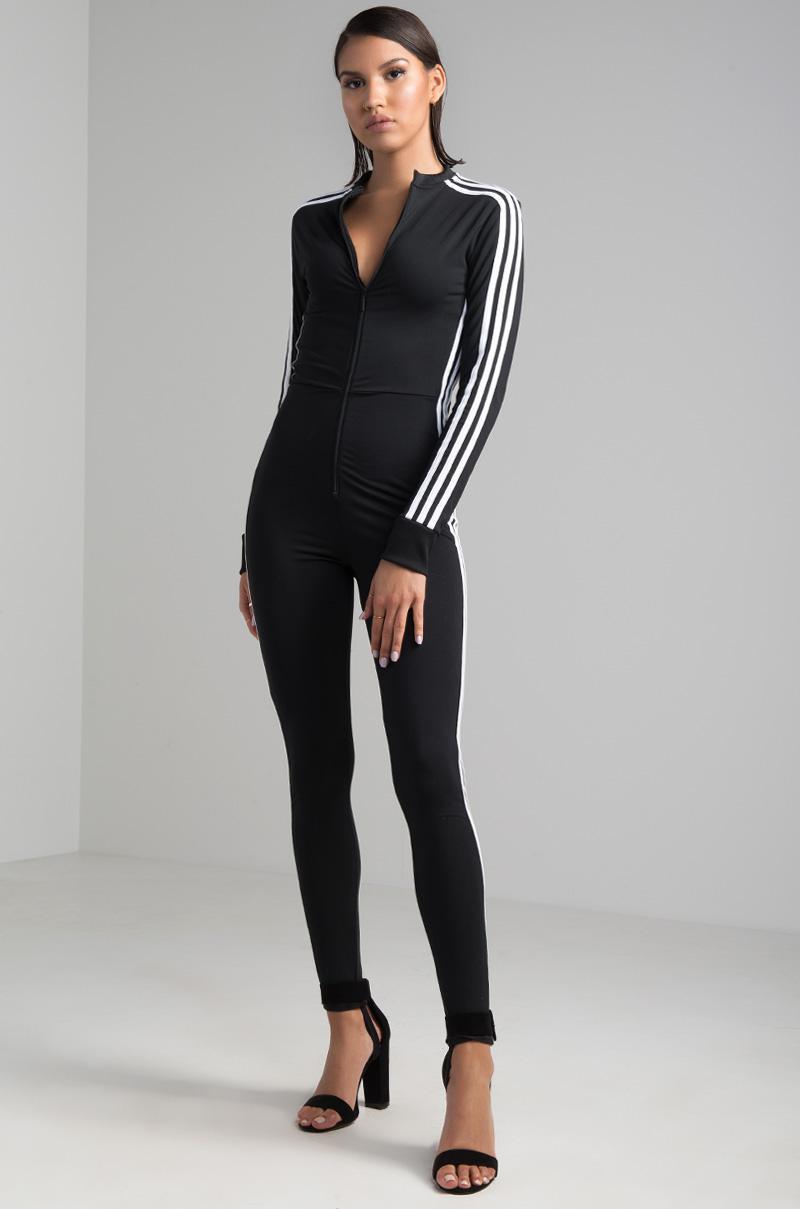 ella es rompecabezas Trampas  adidas Synthetic Stage Suit in Black - Lyst
