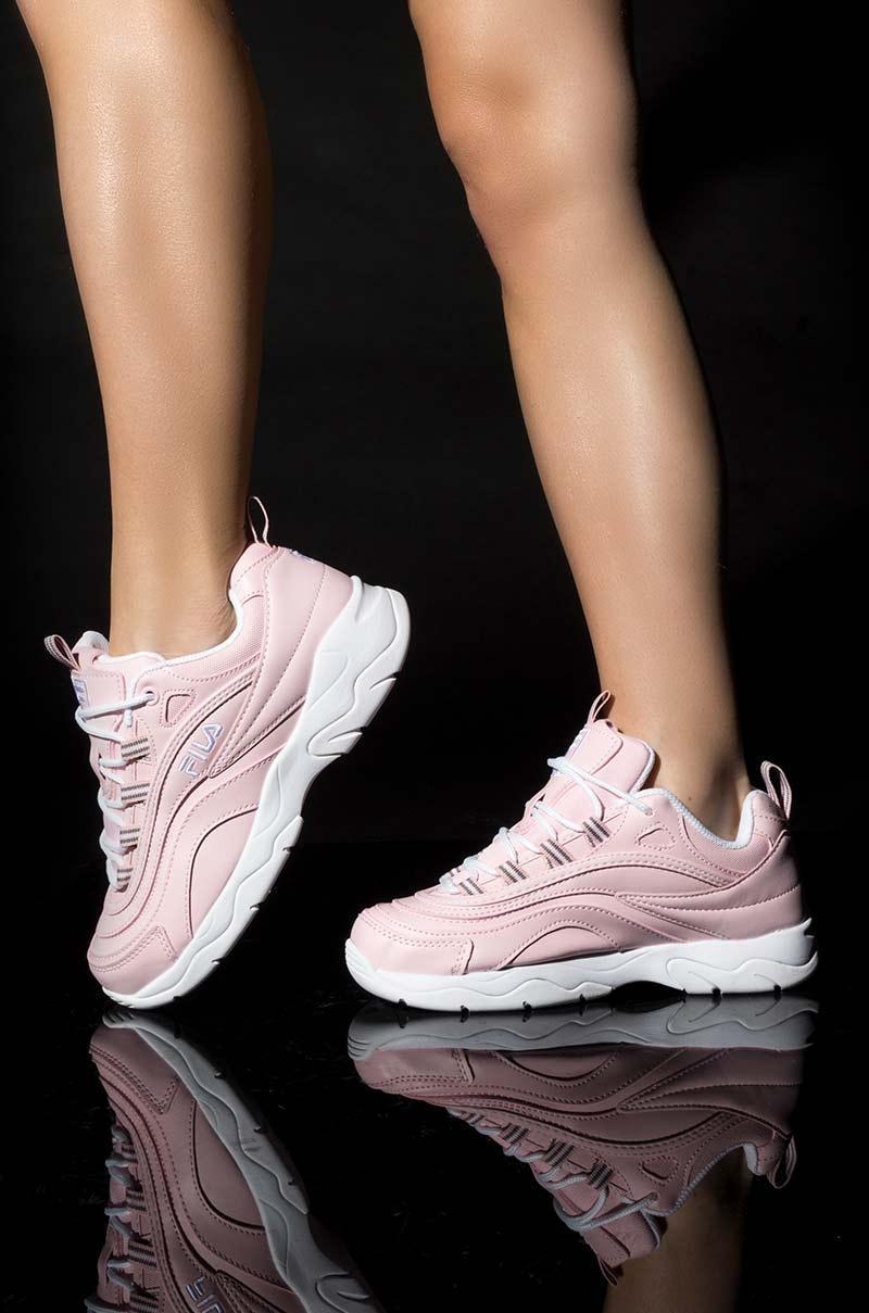 Fila Womens Ray Chunky Sneaker in Pink - Lyst