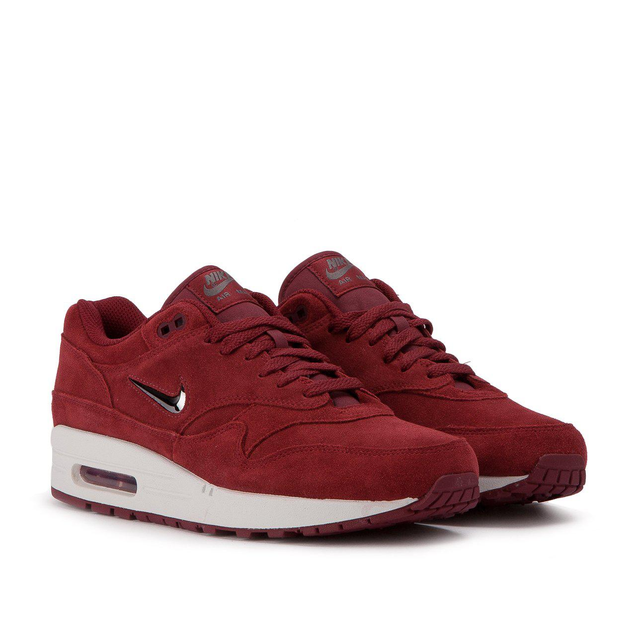 the latest 1f1ee 8ff5e Gallery. Previously sold at  Allike · Men s Nike Air Max