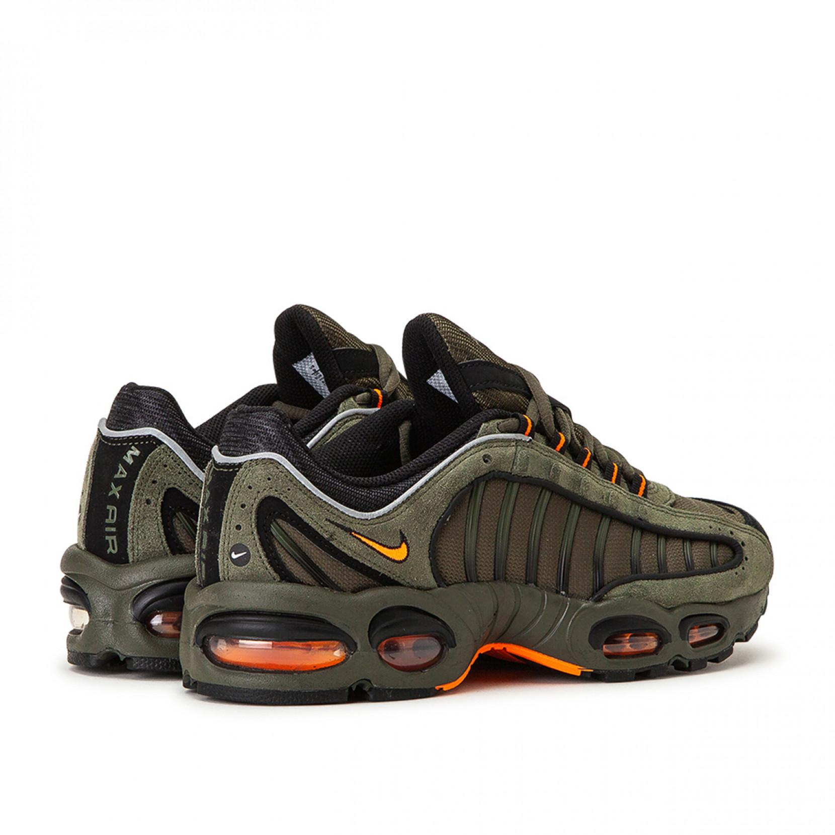 Nike Suede Air Max Tailwind Iv Se in Olive (Green) for Men - Lyst