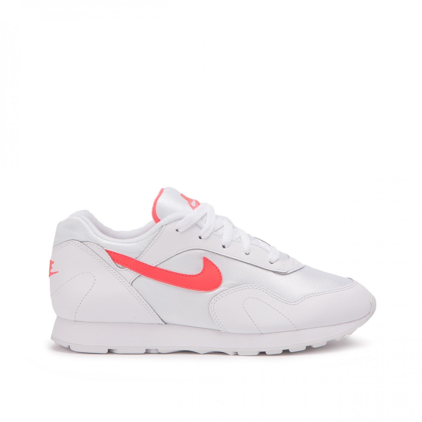 Men's White Nike Wmns Outburst Og