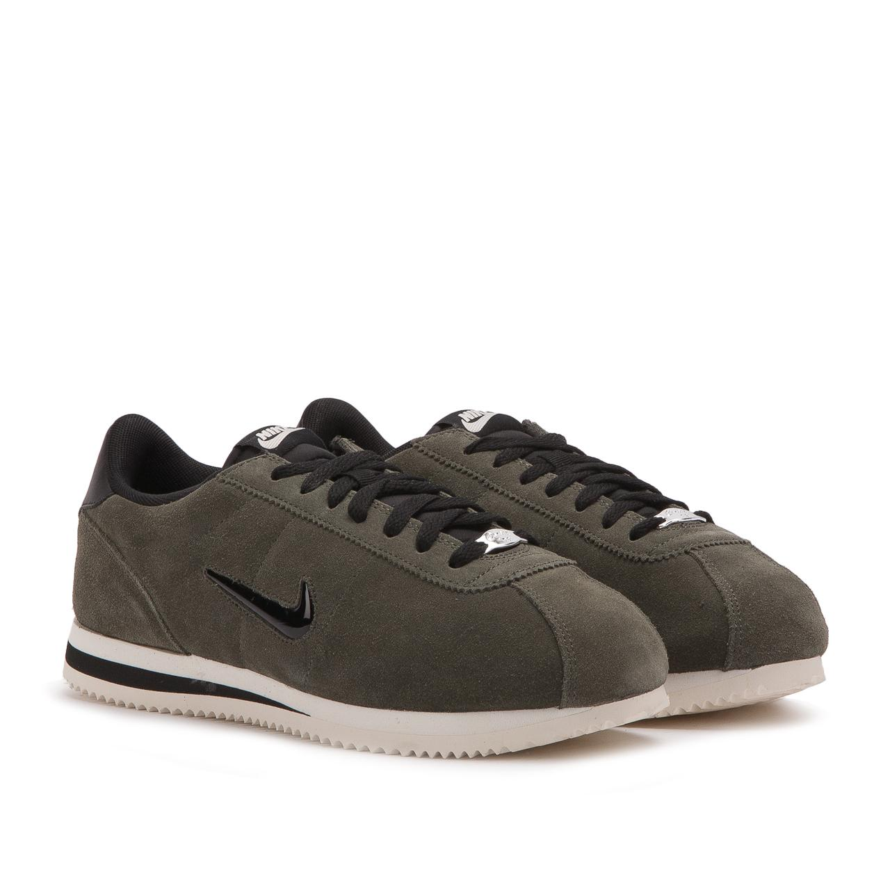 huge selection of 3ad15 71fba Nike Green Nike Cortez Basic Jewel for men