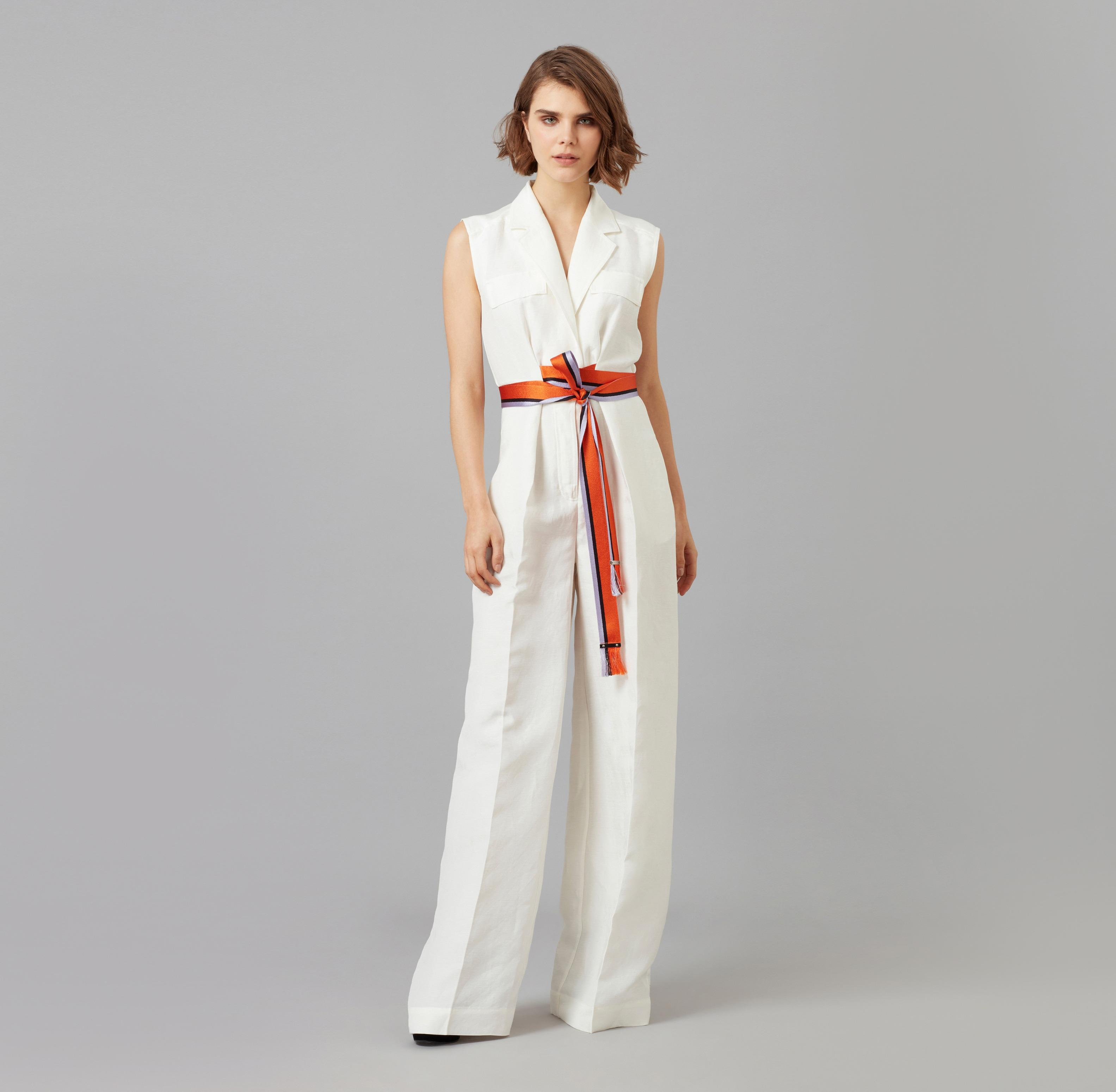 f06c221235c5 Amanda Wakeley Soft White Linen Viscose Jumpsuit in White - Lyst