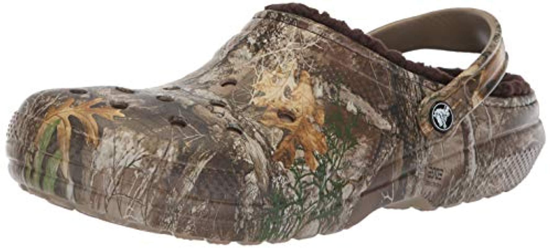 081fd0246 Lyst - Crocs™ And Classic Fuzz Lined Realtree Edge Clog