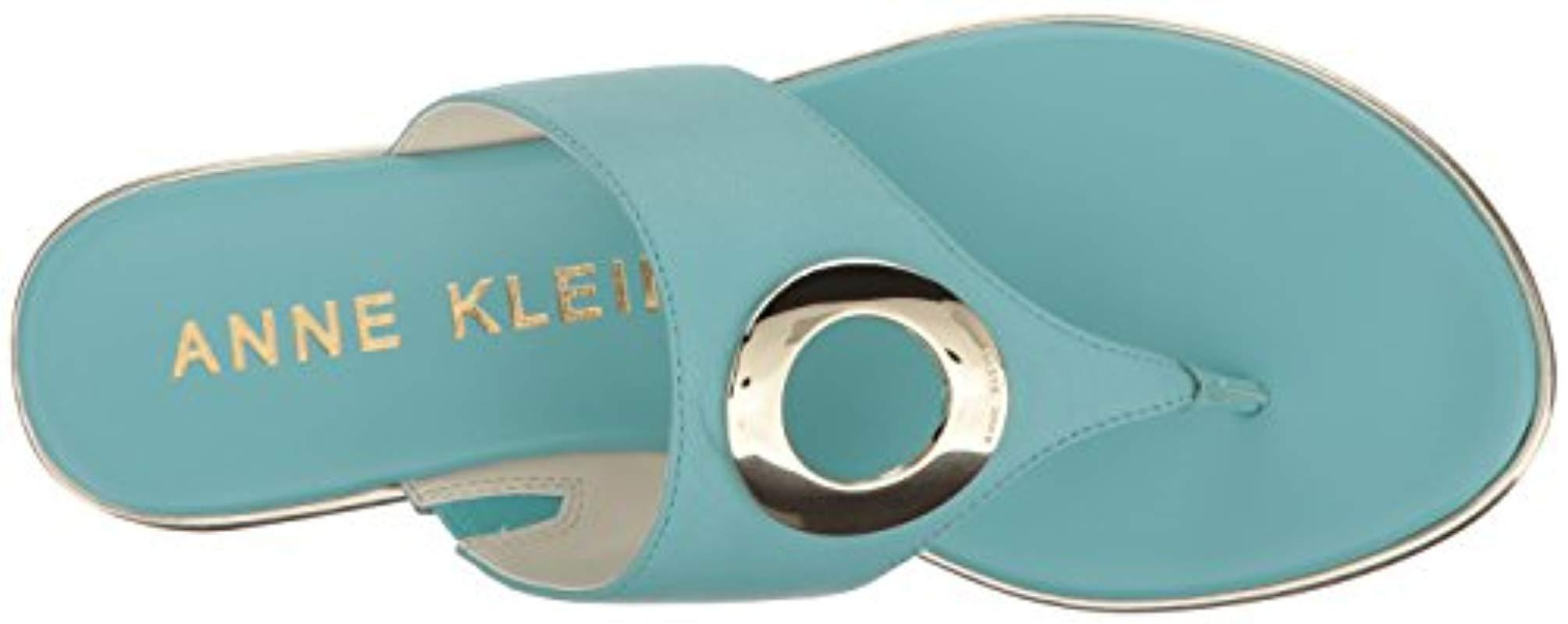 Anne Klein Gia Leather Flip Flop In Turquoise Blue Lyst
