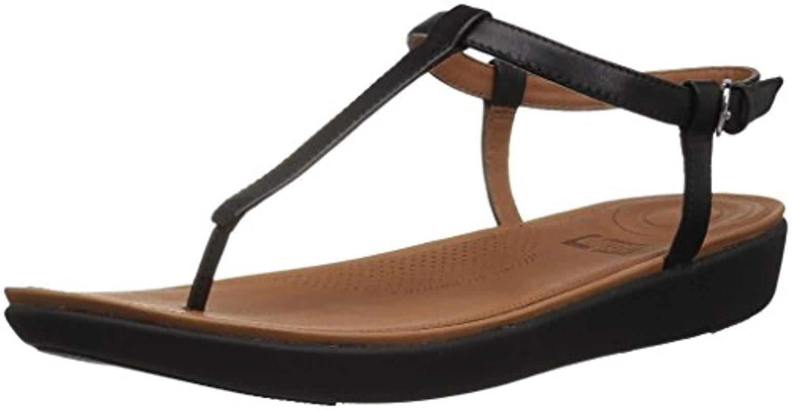 9cf909008cab6 Lyst - Fitflop Tia Toe-thong Flat Sandal in Black - Save 15%