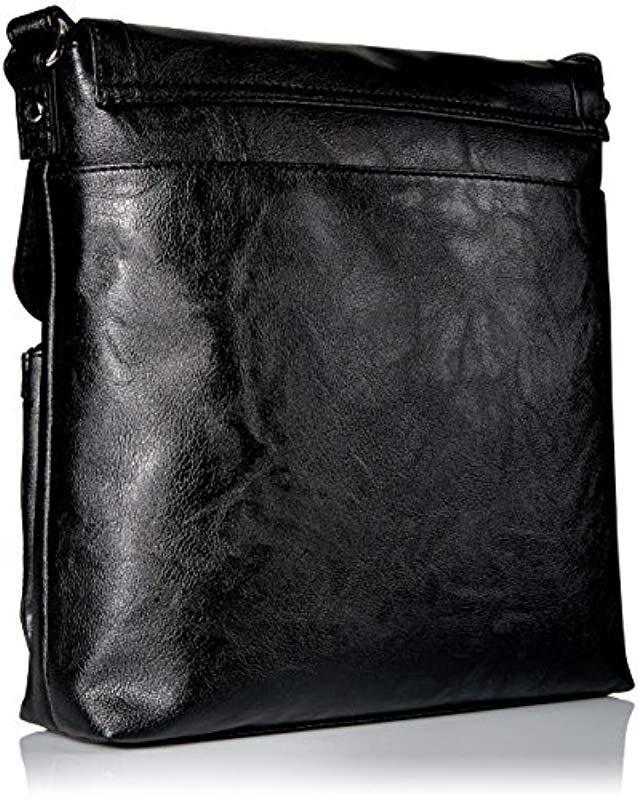 ff460e1661a Fossil Black Relic By Evie Flap Crossbody Handbag Purse