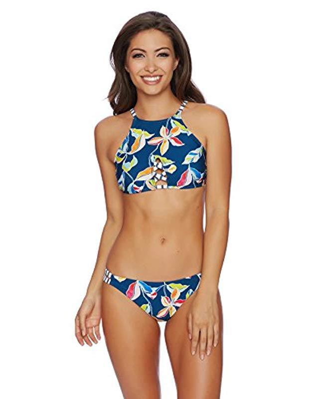 b7cc58b1f6abb Lyst - Splendid Tropical Traveler High Neck Bikini Top in Blue - Save  39.473684210526315%