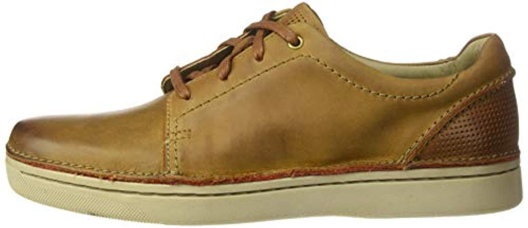 Clarks Leather Kitna Stride Sneaker in