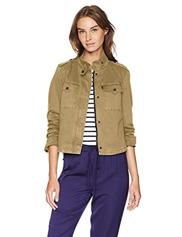 c2a68ea543ae2 Lyst - Levi s Two-pocket Cropped Cotton Trucker Jacket in Natural