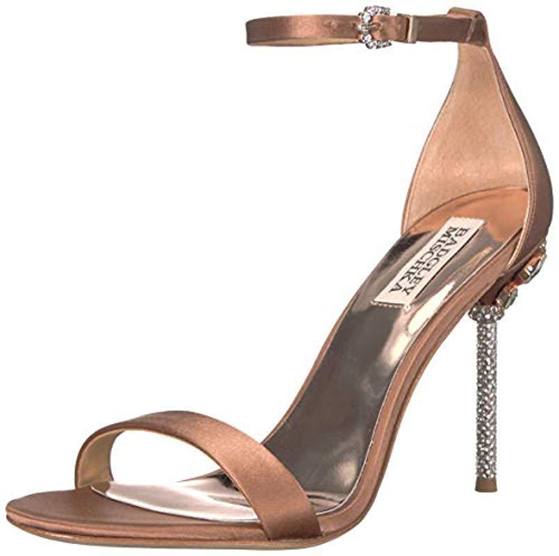 Badgley Mischka Womens Fortune Slide Sandal Nude//Cream 9.5 M US