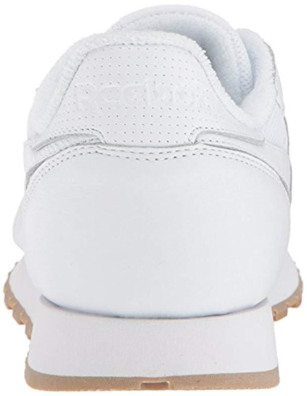 5c6a5a80fdd Lyst - Reebok Classic Leather Sneaker in White for Men - Save 26%