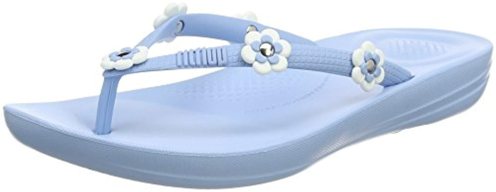 f7eb02125 Fitflop Iqushion Ergonomic Flip Flop Flower-stud in Blue - Lyst