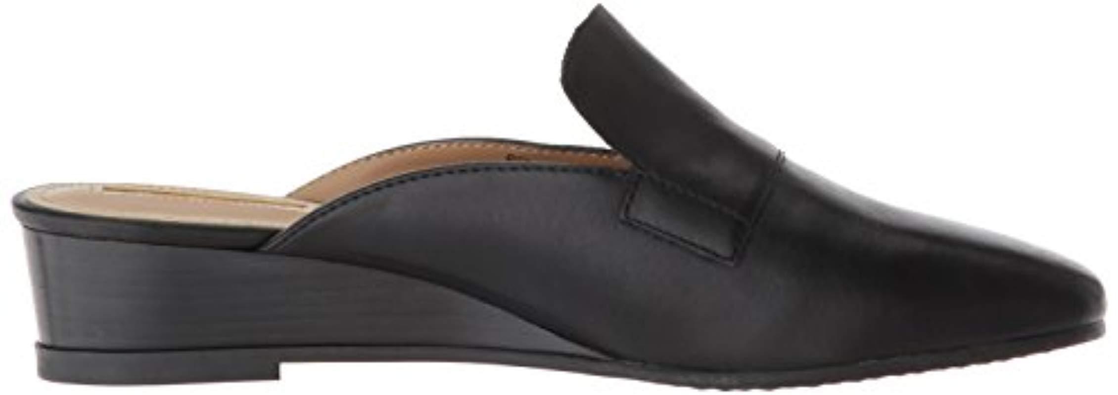 Tahari Womens Ta-Relative Loafer