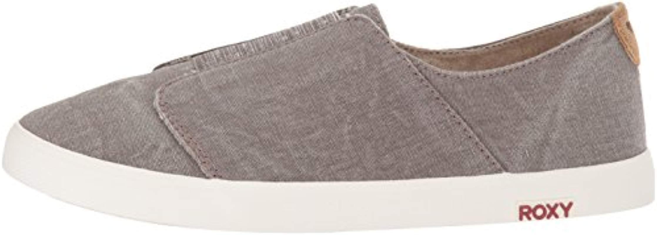 Roxy Linen Rocco Slip On Sneaker in Taupe (Grey)