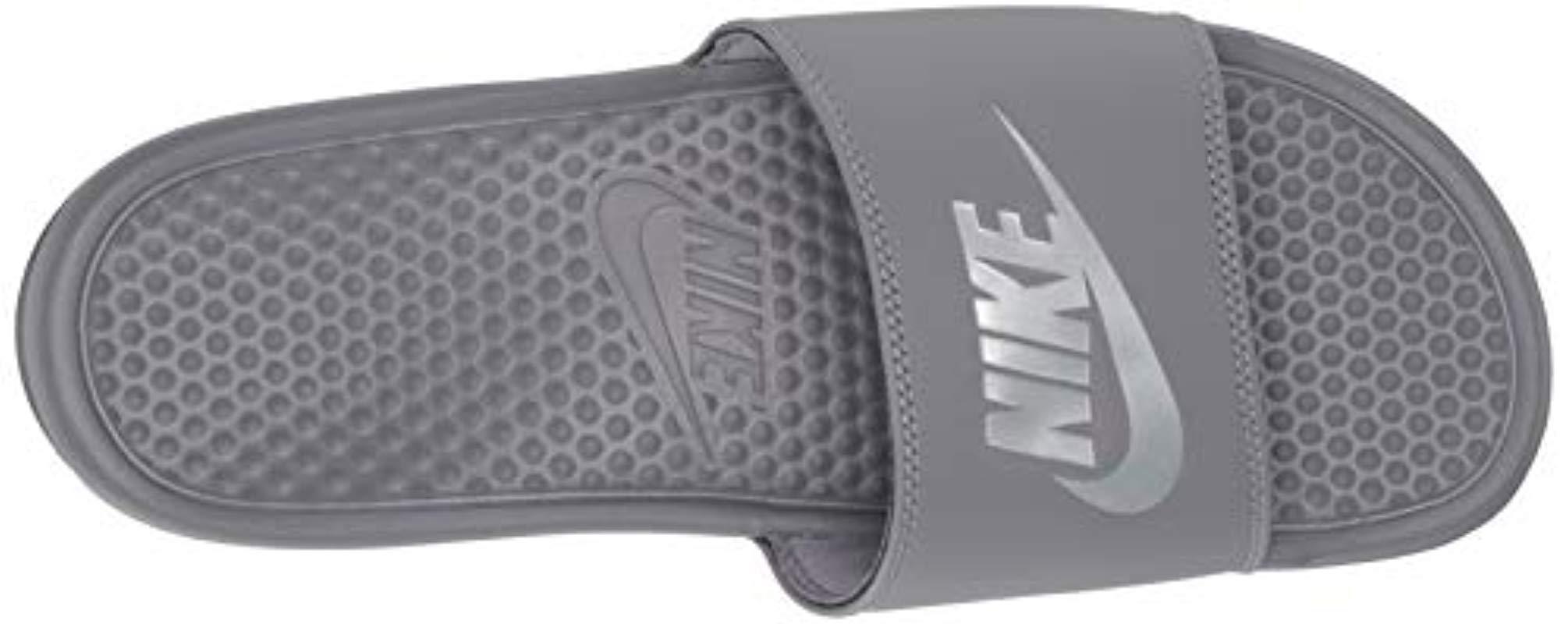 Benassi JDI Chaussures de Plage & Piscine Homme Nike pour homme en ...