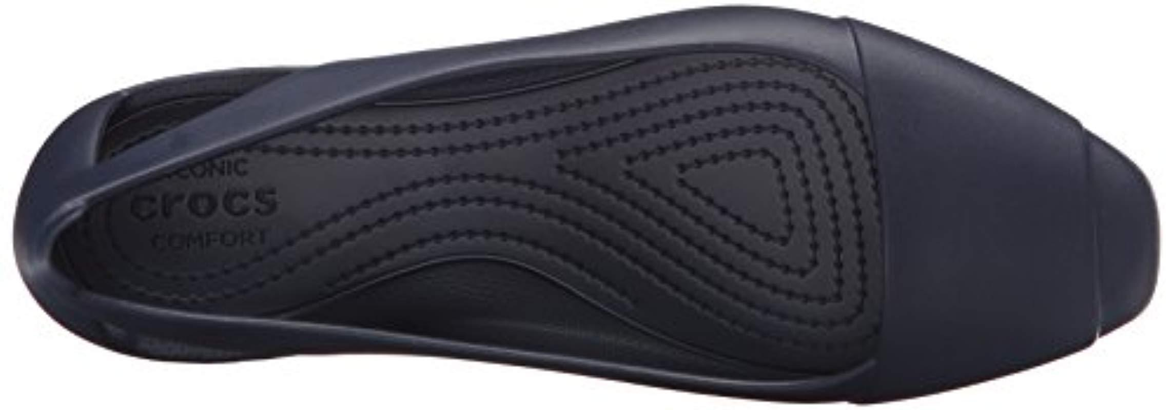 Sienna Flat Crocs�?de color Azul