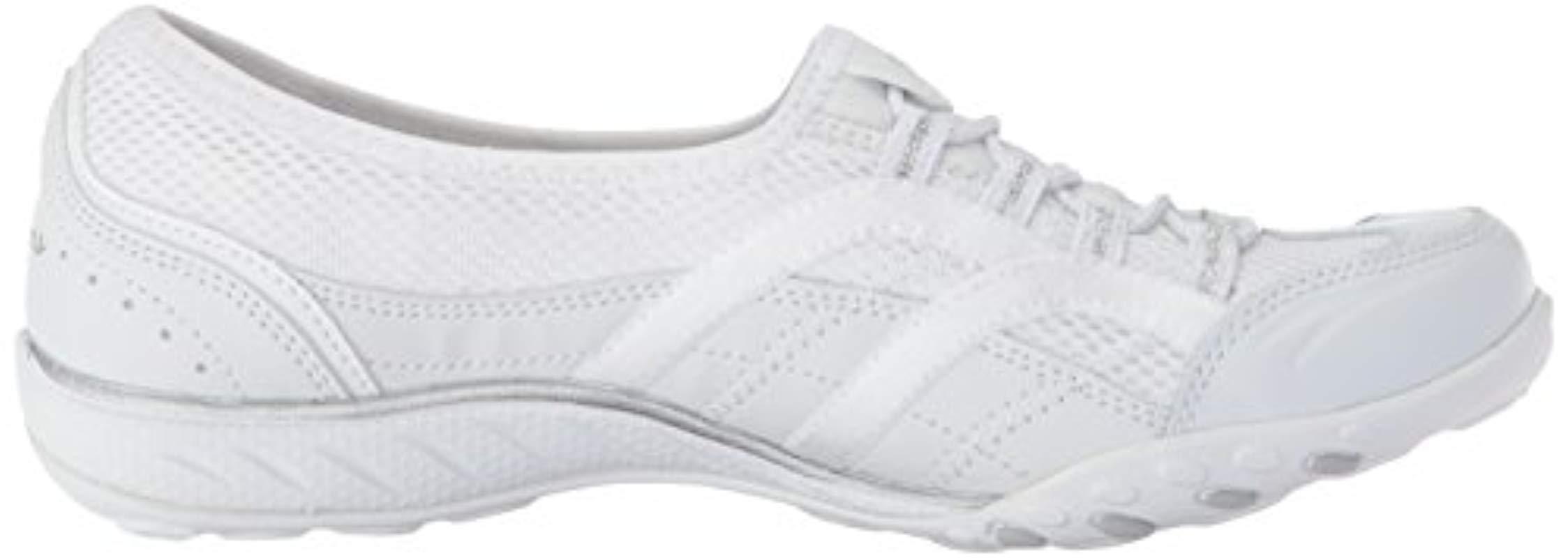 Breathe Easy-Well Versed W Skechers de color Blanco