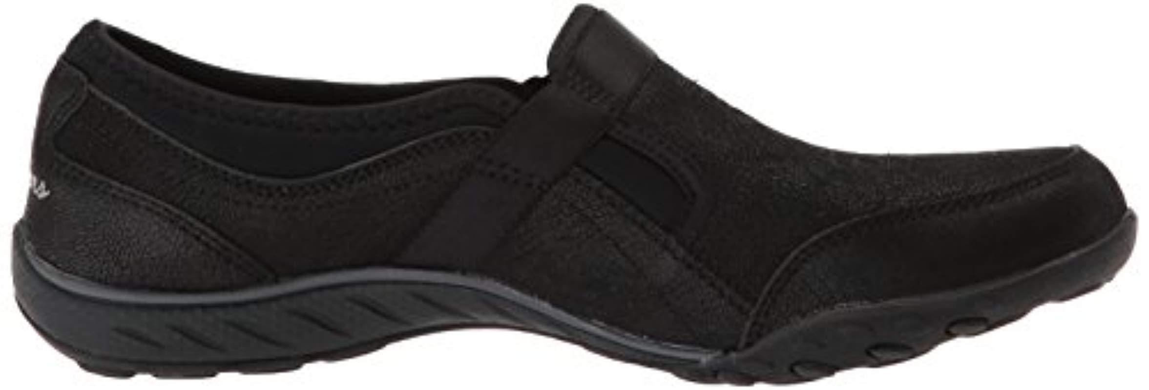 Skechers 's Breathe Easy Take On Anything Sneaker in Black