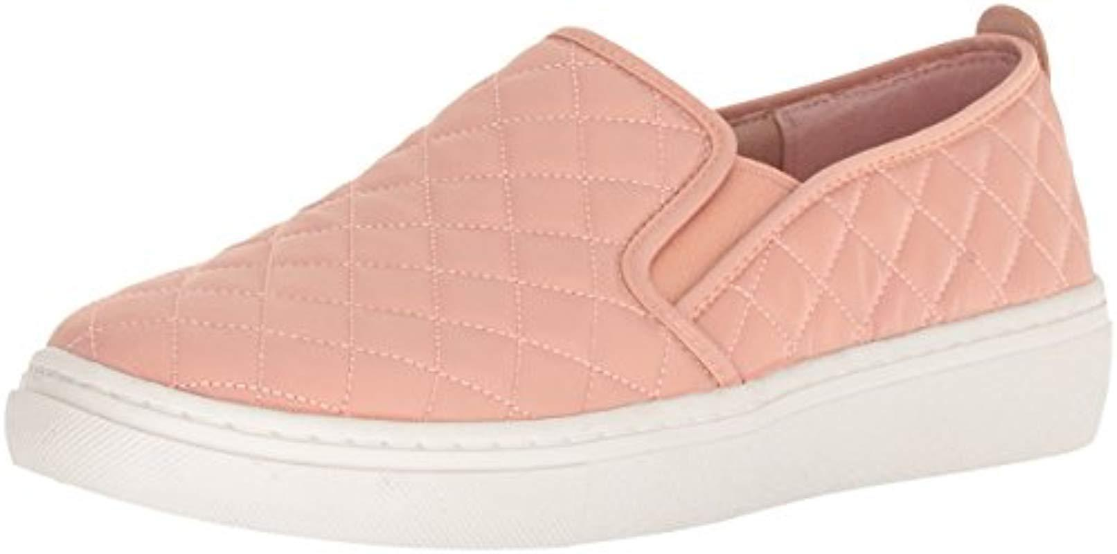 Skechers USA Goldie Quilted (Women's) qP9gwZ