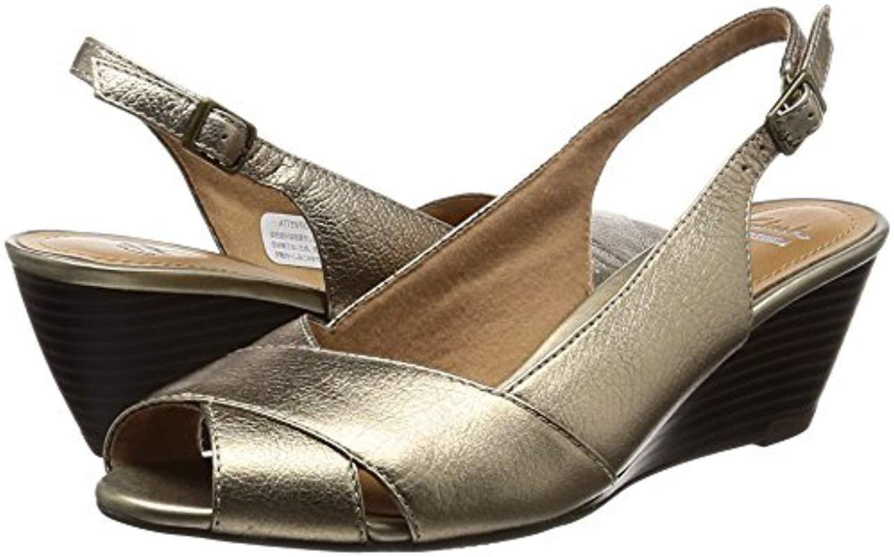 materno Condición previa recluta  Clarks Leather Ladies Sling Back Sandals Brielle Kae in Gold ...