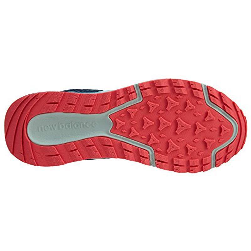 Wt690 Trail Running Sneaker