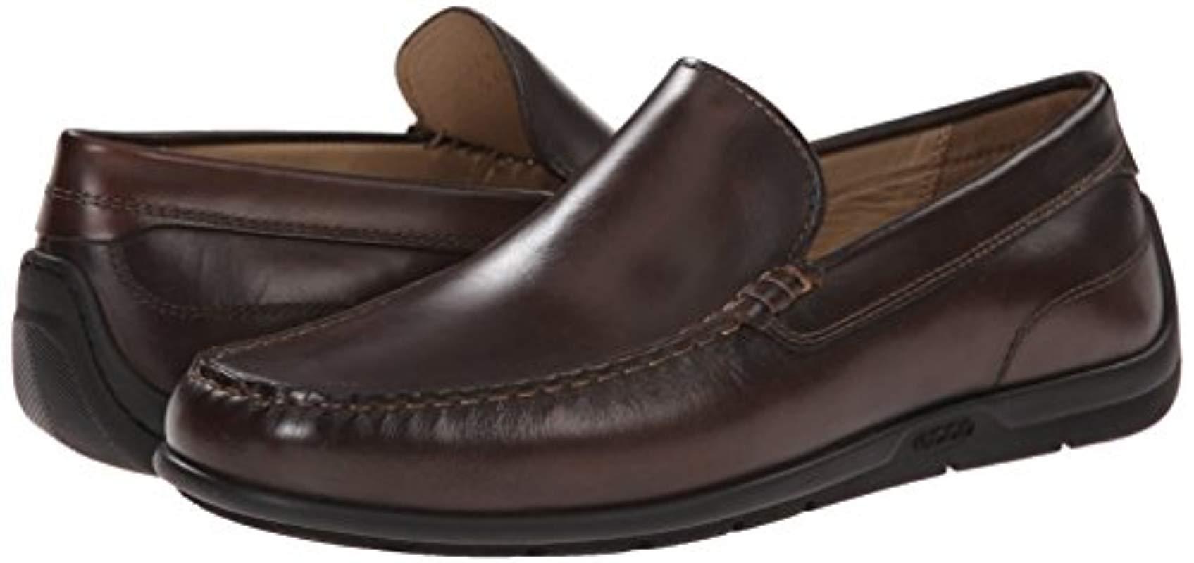 ECCO Mens Classic Moc 2.0 Slip-On Loafer