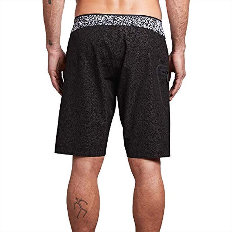 Volcom Men/'s Plasm Board Shorts Multicolor Size 32