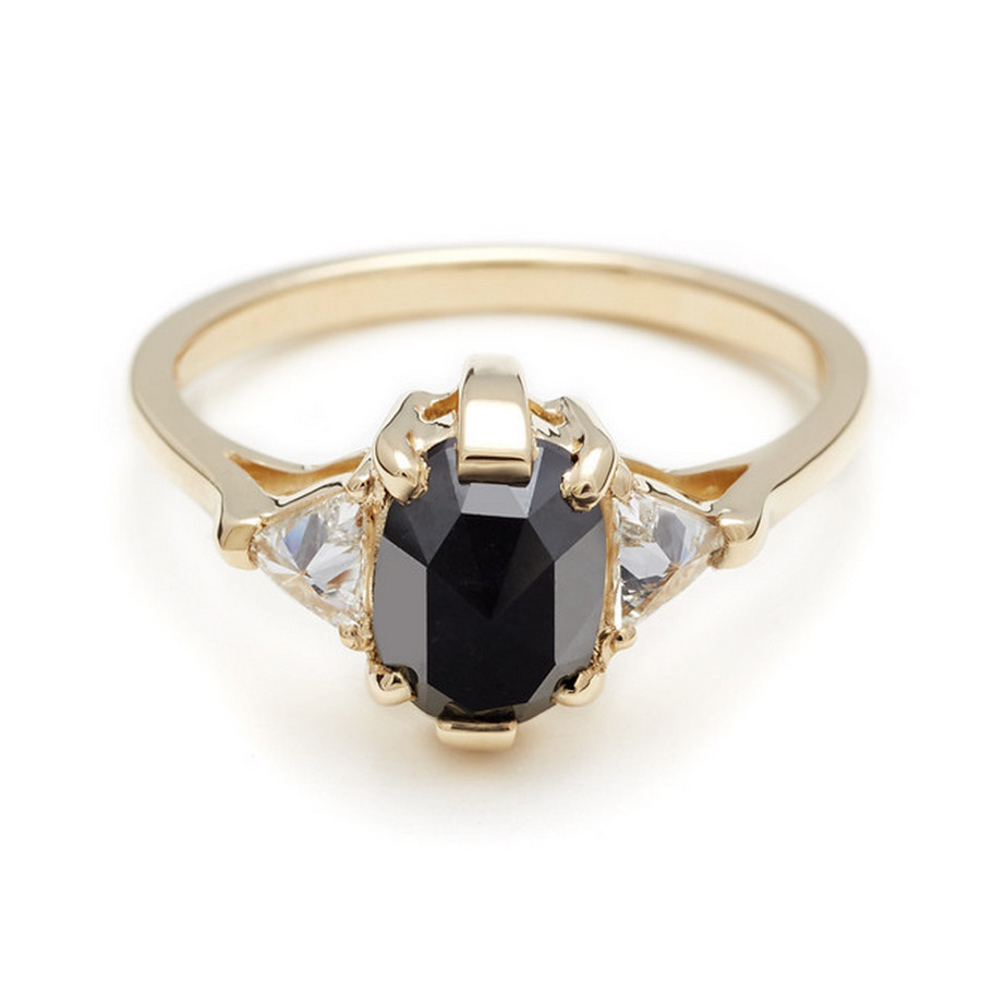 Anna sheffield Oval Bea Ring - Black Diamond in Gold | Lyst