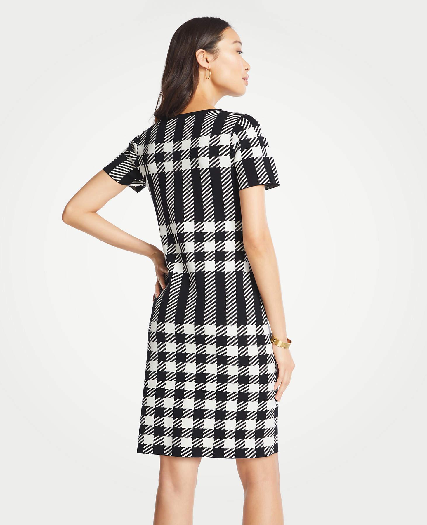 2f5b13e8fd2 Lyst - Ann Taylor Tall Gingham Sweater Dress in Black