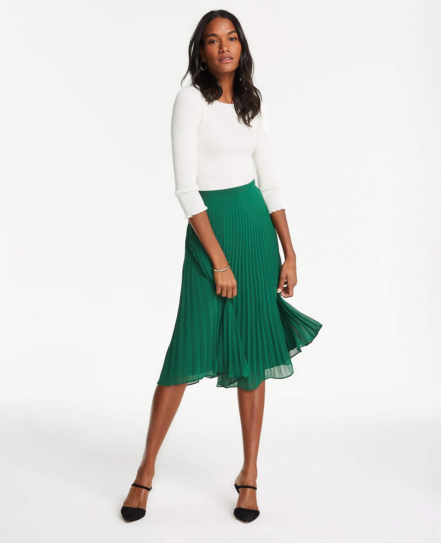 c4bcb956fe5d Ann Taylor Petite Pleated Skirt in Green - Lyst