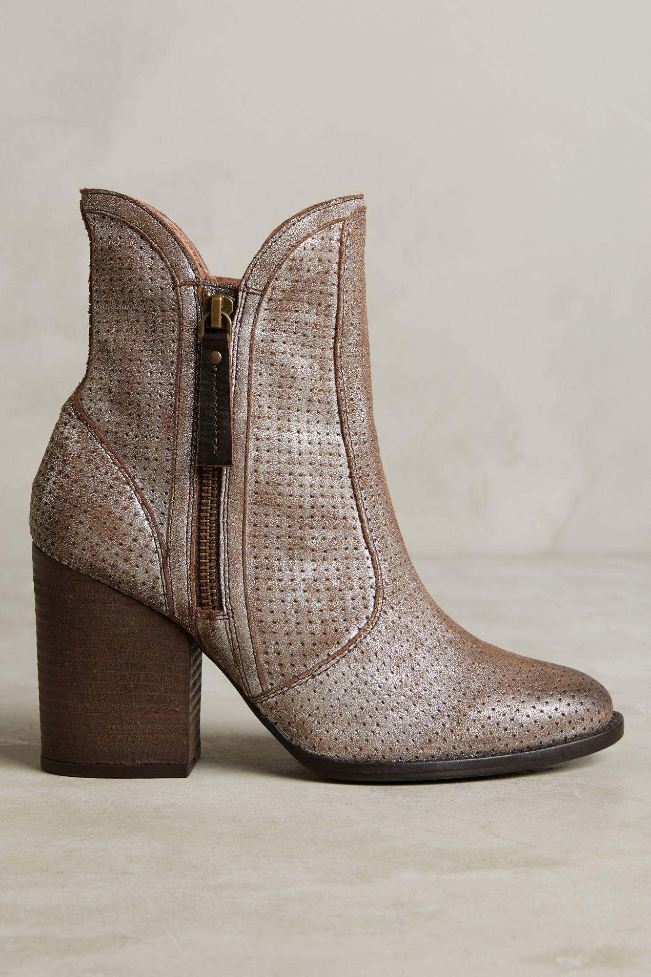 Anthropologie Seychelles Around The World Boots Lyst - Where is seychelles in the world