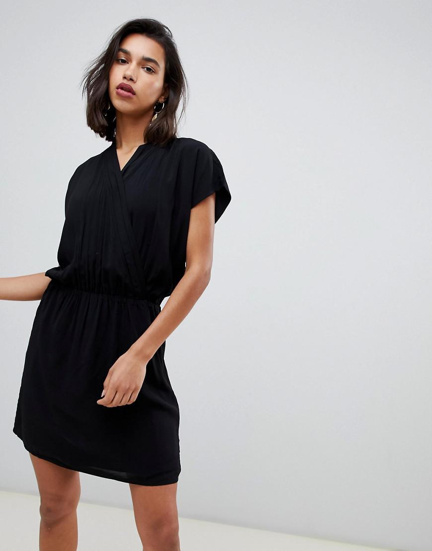 887e136eeb5a Gestuz Narissa Floral High Neck Shift Dress in Black - Lyst